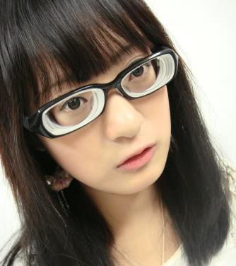 高度近视女摘眼镜视频